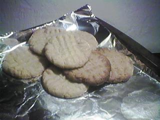 [peanut butter cookies]
